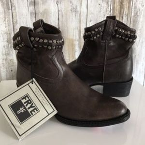 $398 Frye Diana Cut Stud Short Leather Boot Bootie